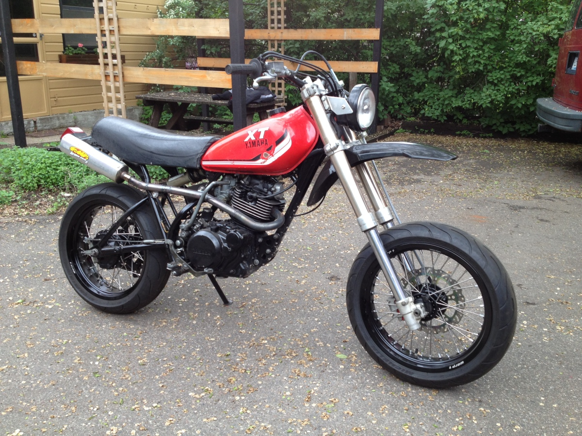"Yamaha XT250 – Revival Build ""Point and Shoot"" – Growlerzoom"